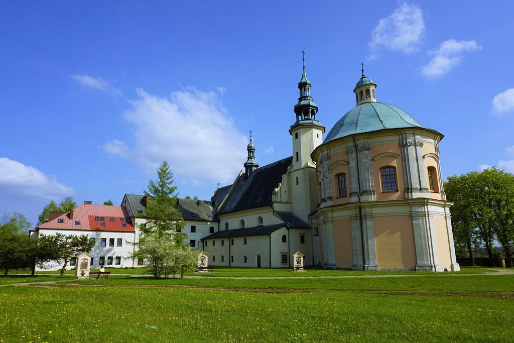 Kaplica i klasztor