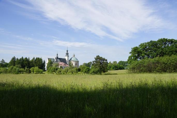 widok klasztoru i kościoła
