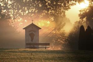 Wschód Słońca w Ogrodzie różańcowym