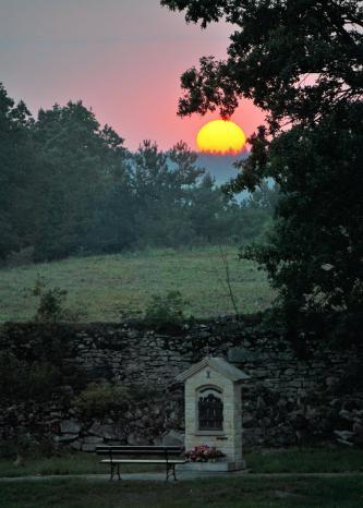 Zachód Słońca w Ogrodzie różańcowym